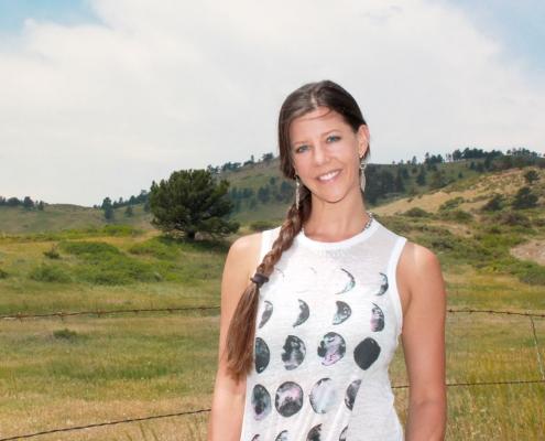Brianne Rhodus - psychotherapist and massage therapist